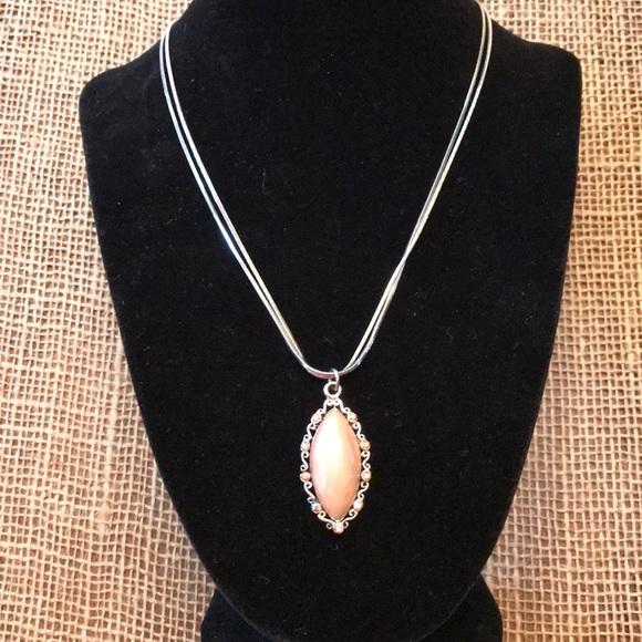 Jewelry - Unique Tan Stone Necklace